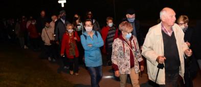 Wieczorny spacer rozpoczął się przed siedzibą dawnego komturstwa-7209