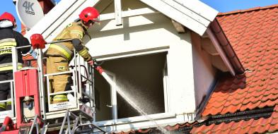 POŻAR: Ogień na tzw. osiedlu Heban w Tucholi ZDJĘCIA-7210