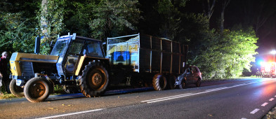 Droga Tuchola-Chojnice: Uderzył osobówką w przyczepę  ZDJĘCIA-7216