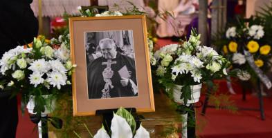 Lubiewo: Pogrzeb księdza kanonika Romana Walkowsa FOTORELACJA-7340