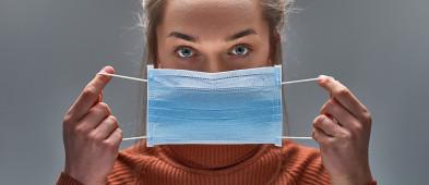 Rząd wprowadza: TYLKO MASECZKI. Zakaz zakrywania twarzy przyłbicami, szalikami itd.-7695