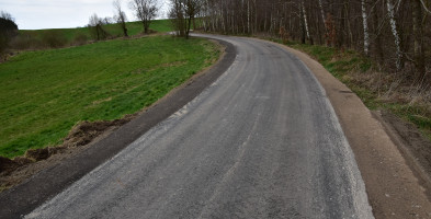 Z Adamkowa do Toboły droga już asfaltowa-7931