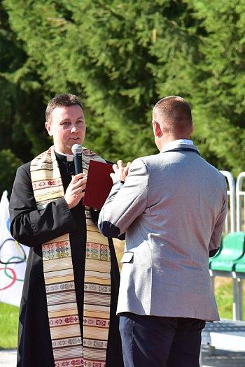 Otwarcie nowego boiska w Bysławiu-2411